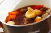 里芋とコンニャクの煮物の作り方1