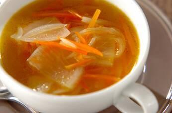 クミン風味の野菜スープ