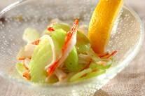セロリとカニカマのサラダ