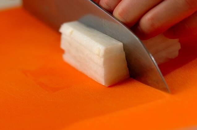 エノキと大根のスープの作り方の手順1