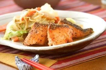 フライパンでお手軽に!鮭のちゃんちゃん焼き