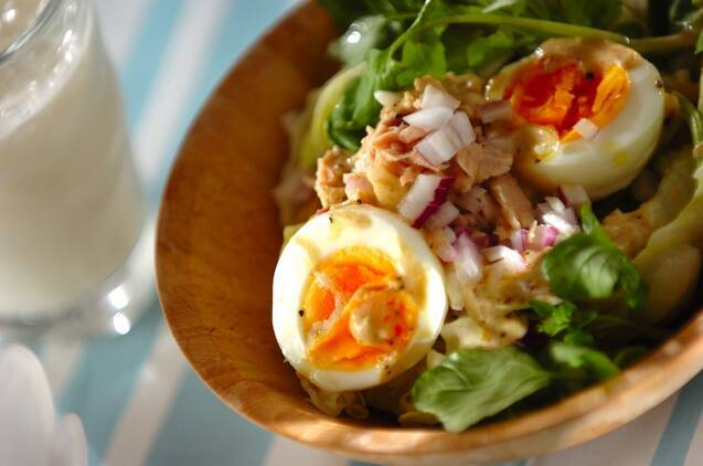 ツナとゆで卵のサラダ