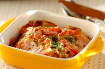 カキとトマトのチーズ焼き