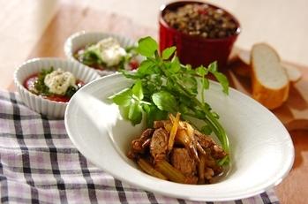 豚肉とゴボウのバルサミコ煮の献立