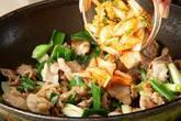 豚キムチの卵とじの作り方6