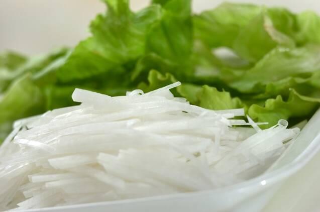 豚しゃぶサラダ~クルミドレッシング~の作り方の手順2