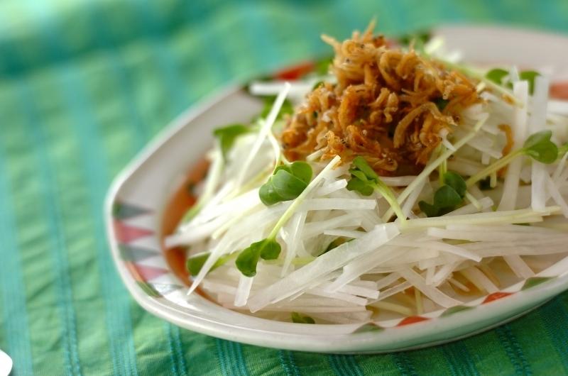 大根とシラスの和風サラダの料理写真