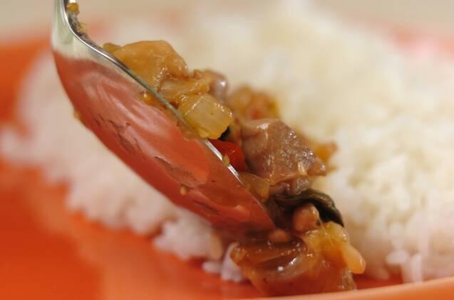 鶏もも肉でつくるガパオライスの作り方の手順5