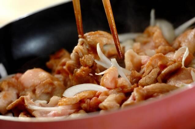 豚バラニラ玉炒めの作り方の手順3