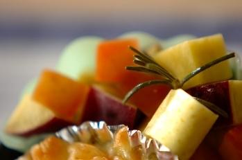 サツマイモとリンゴのハチミツ煮