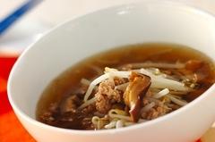 豚ひき肉とモヤシのスープ