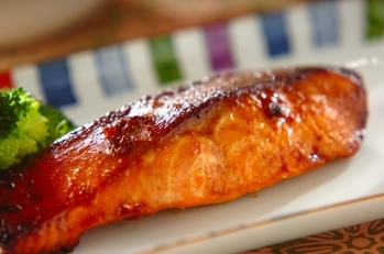 鮭のみそ焼き