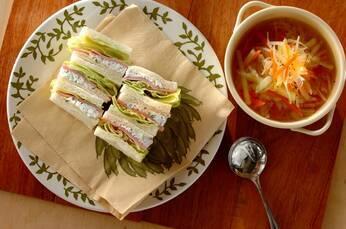 ハムとカッテージチーズのハーブサンドイッチ