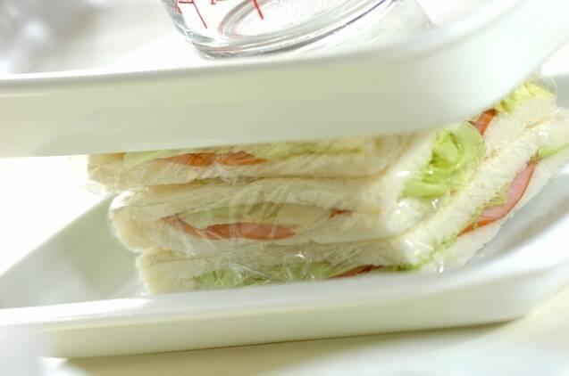 ハムとカッテージチーズのハーブサンドイッチの作り方の手順4