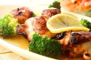 鶏肉のレモン風味焼き