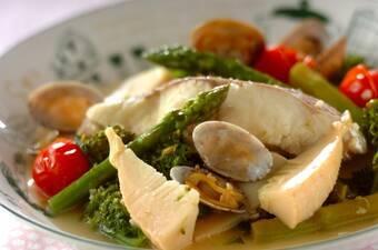 春野菜のアクアパッツァ