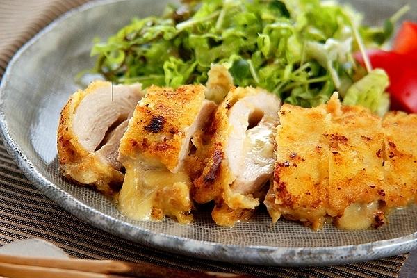 鶏むね肉のチーズ焼き
