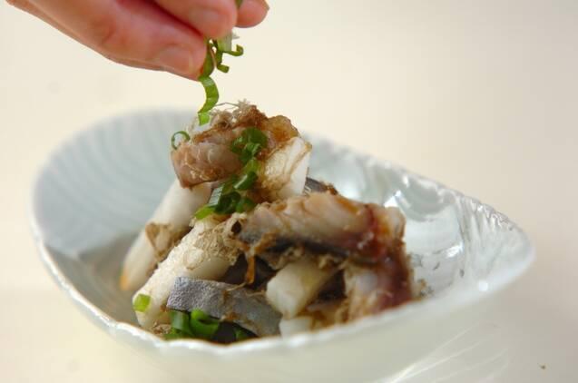 シメサバと野菜のとろろ昆布和えの作り方の手順7