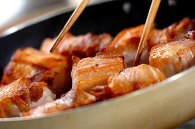 米ぬかで下茹で!トロトロ豚の角煮の作り方の手順1