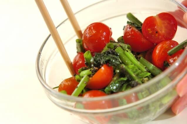 プチトマトとホウレン草のゴマ汚しの作り方の手順5