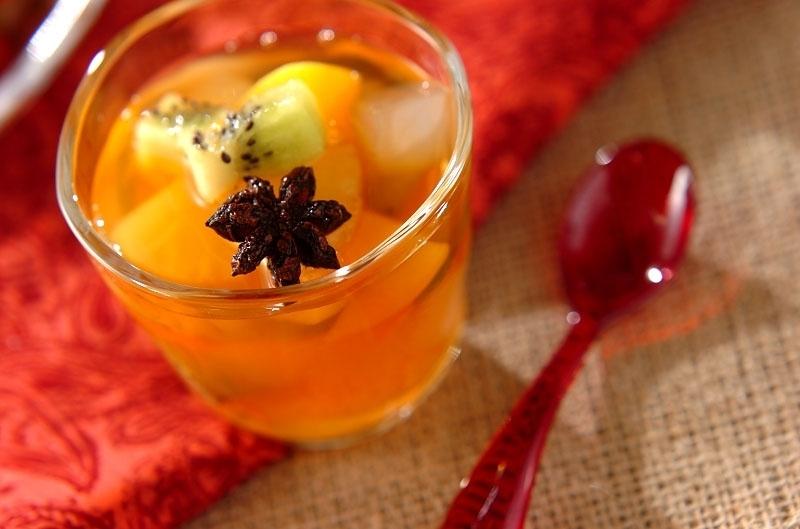 2. 紅茶シロップとナダデココのフルーツポンチ