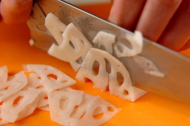レンコンきんぴらの混ぜご飯の作り方の手順1
