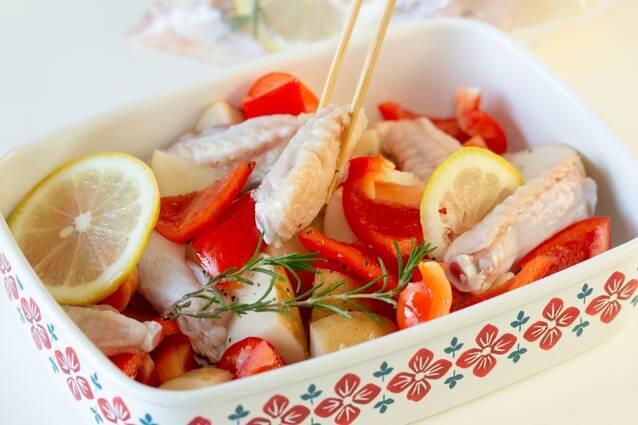 チキンとじゃがいもの香ばしレモングリルの作り方の手順2