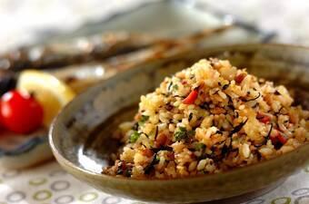 ヒジキと納豆のチャーハン