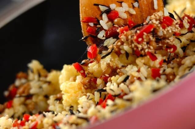 ヒジキと納豆のチャーハンの作り方の手順4