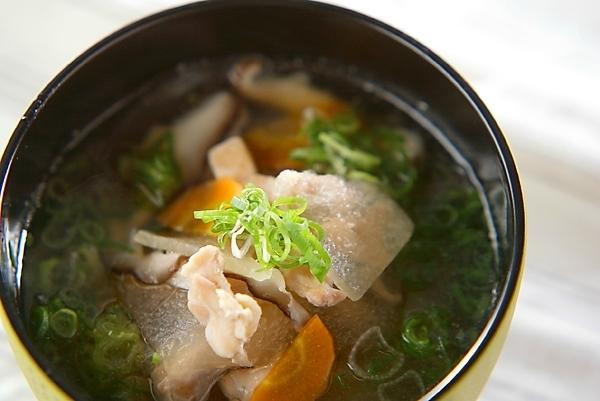 冬瓜と鶏肉のスープ