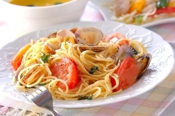 アサリとトマトのパスタ