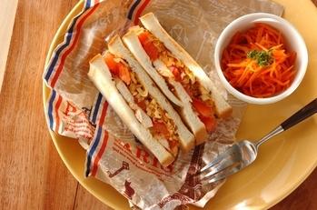 チキンのスパイシーサンドイッチ