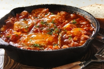 落とし卵入りトマトソース