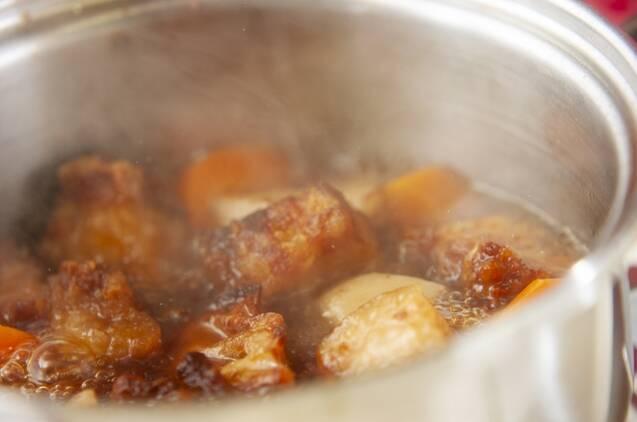 根菜と豚肉の煮物の作り方の手順6