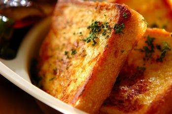 チーズ風味のパンペルデュ