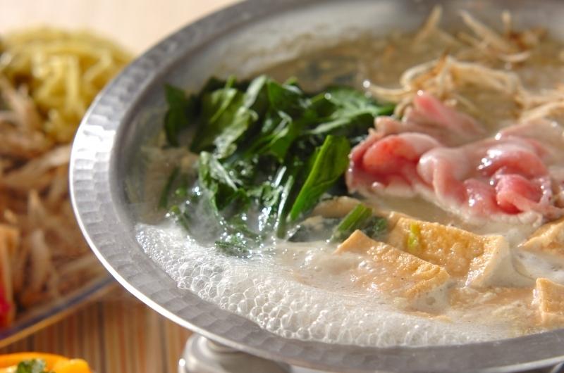 2.豚肉の豆乳中華鍋
