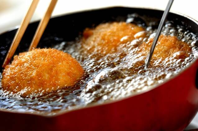 シイタケのエビ詰めフライの作り方の手順5