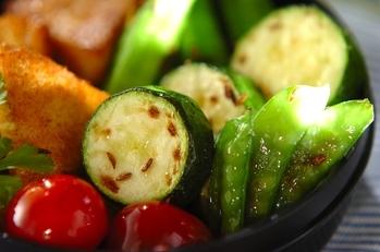 グリーン野菜のクミン炒め