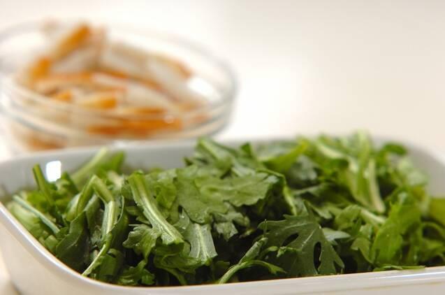 春菊とジャガイモの和風チヂミの作り方の手順4