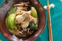 鶏手羽元の豆乳煮