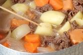 定番!肉ジャガの作り方2
