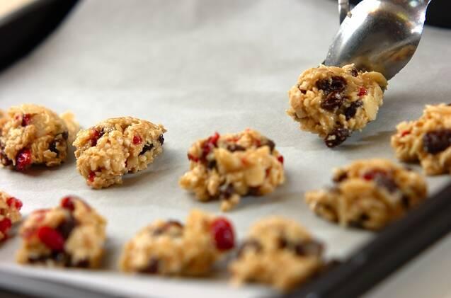 オートミールのドロップクッキーの作り方の手順4