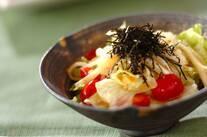ワサビ風味の和風サラダ