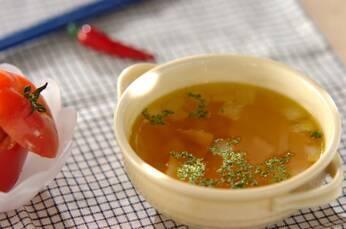 ベーコンの旨味!シンプル簡単コンソメスープ