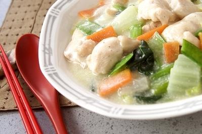 白菜と鶏肉のクリーム煮のレシピ 作り方 E レシピ 料理のプロが