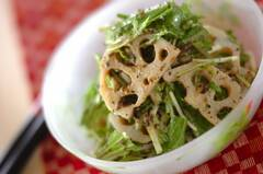 レンコンのゴマサラダ