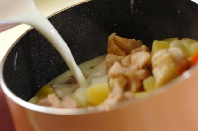 鶏肉の和風ミルクスープ煮の作り方の手順4