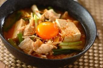 コク旨スープの丸ごと豆腐チゲ