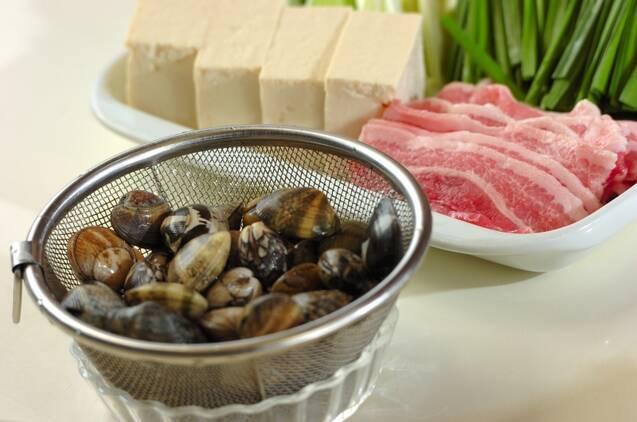 アサリと豆腐のチゲ鍋の作り方の手順1