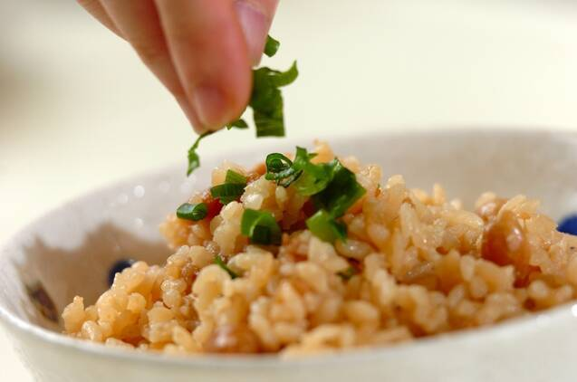 しょうゆおかき入り炊き込みご飯の作り方の手順3